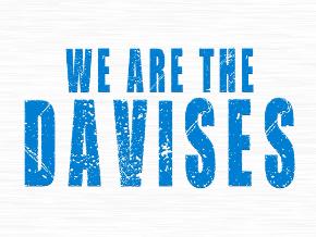 We Are The Davises - Vlog Logo
